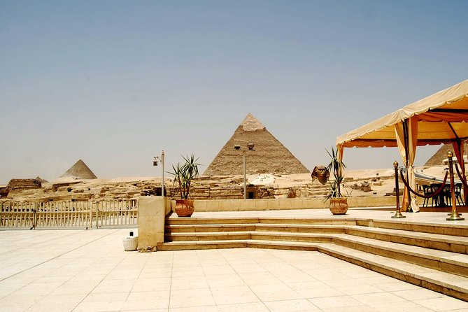 Private Guided Day Tour to Memphis Saqqara and Giza from Cairo with Lunch