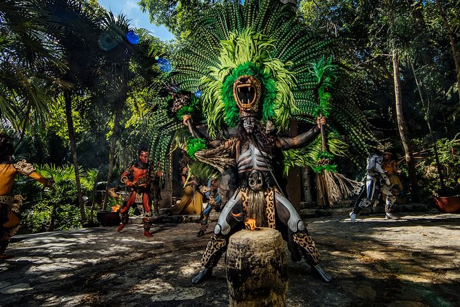 Priority Access: Combo Tour: Xcaret, Xel-Ha, Xplor and Xichen Itza