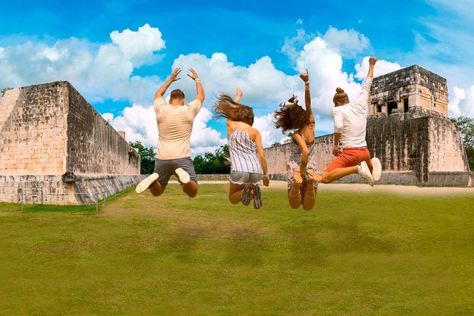 Priority Access: Tulum Guided Tour and Xel-Há Admission With Transport