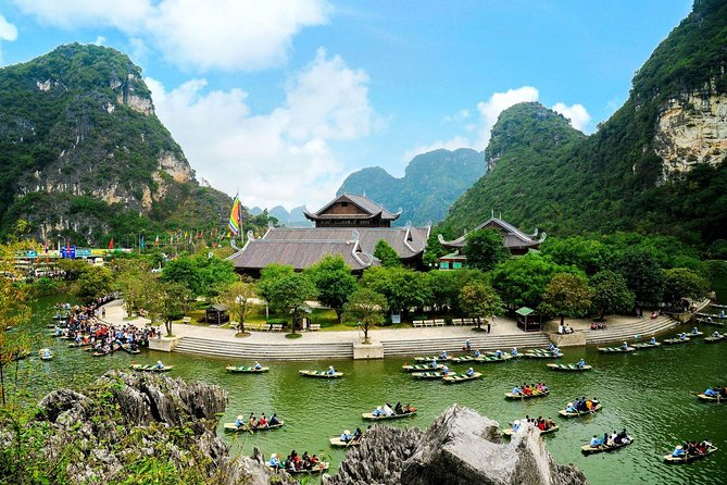 Bai Dinh - Trang An 1 Day Trip (Luxury Tour)