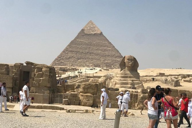 Special Trip to Giza Necropolis and Cairo Tower