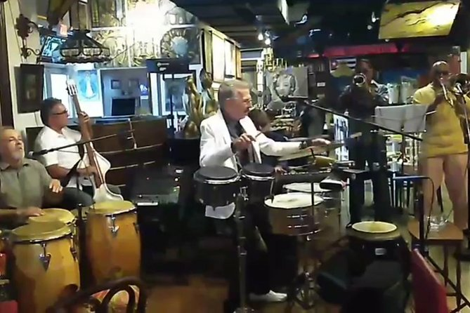 Little Havana Nights Tour- Private Cuban Host, Dinner and Drinks Included