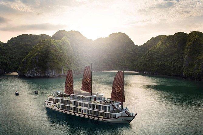 Lapinta Cruise 2 Days 1 Night -Halong Bay- Lan Ha Bay - Cat Ba Island
