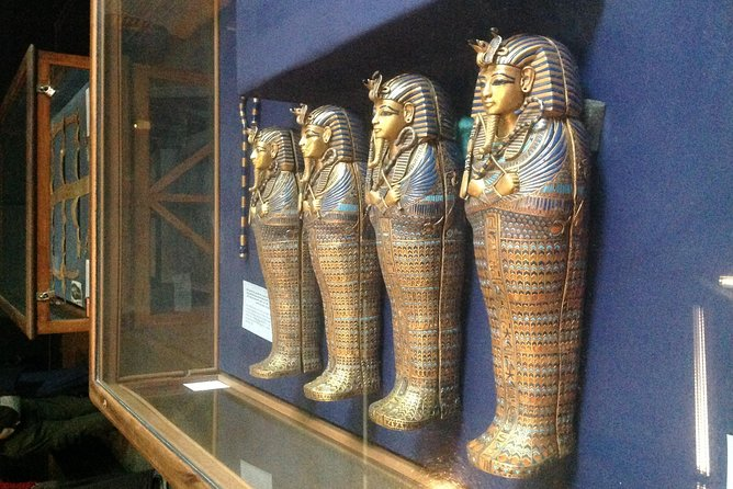 Sightseeing Day Tour to Pyramids, Egyptian Museum and Bazaar from Giza or Cairo photo 16