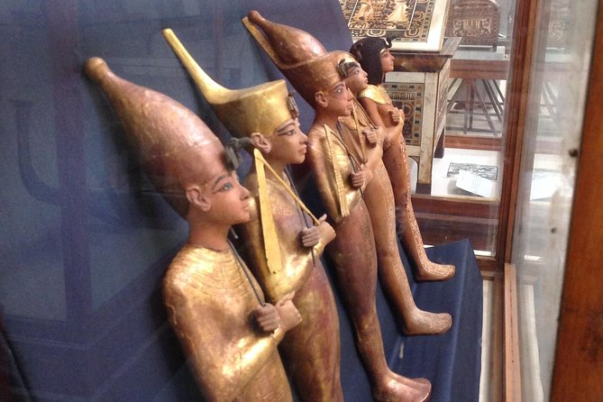 Sightseeing Day Tour to Pyramids, Egyptian Museum and Bazaar from Giza or Cairo photo 11