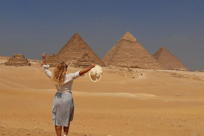 Private Day Tour To Giza Pyramids, Camel Ride, Egyptian Museum – Lunch Included