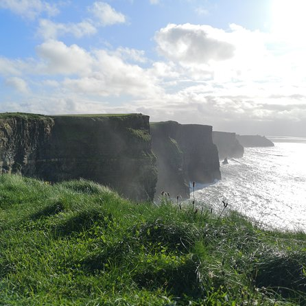Cliffs of Moher & Galway Bay Experience - History music & Ireland's oldest pub