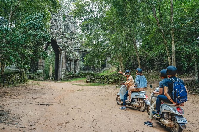 Angkor Temples Adventure - Inclusive local snacks & Lunch