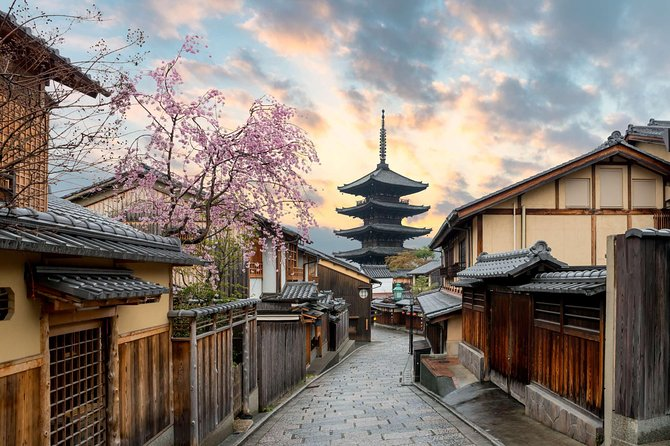Kyoto Full-Day Private Tour (Osaka departure) with Nationally-Licensed Guide