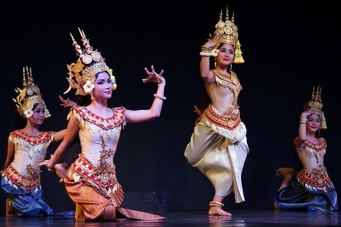Experience Cambodian Living Arts, Dinner and Show
