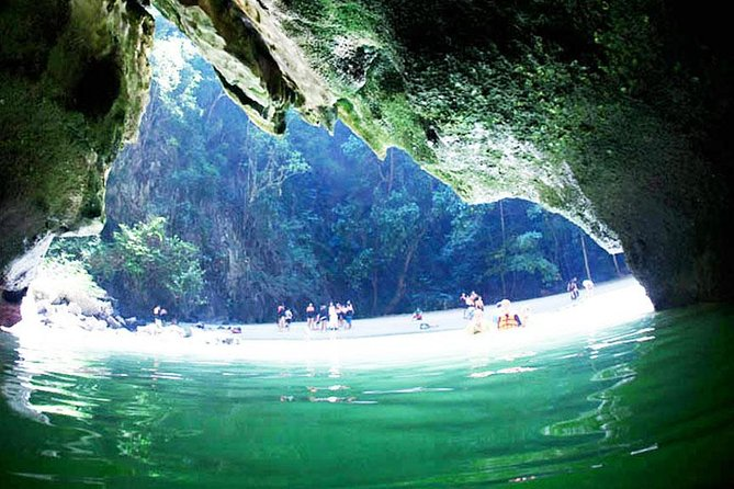 Oneday Tour 4 Islands and Emerald Cave By Tin Adventure Sea Tour from Koh Lanta photo 2