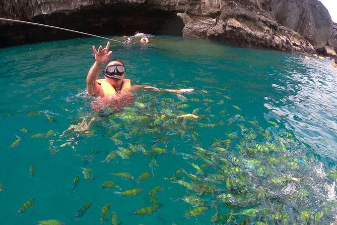 Oneday Tour 4 Islands and Emerald Cave By Tin Adventure Sea Tour from Koh Lanta photo 3