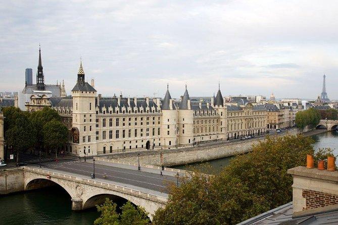 Conciergerie vue des toits 2 © Caroline Rose Centre des monuments nationaux