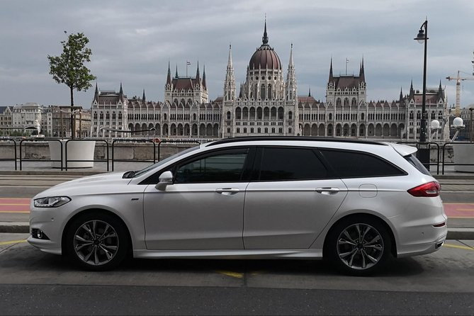 Budapest Private Transfer: Airport to Hotel or Apartment