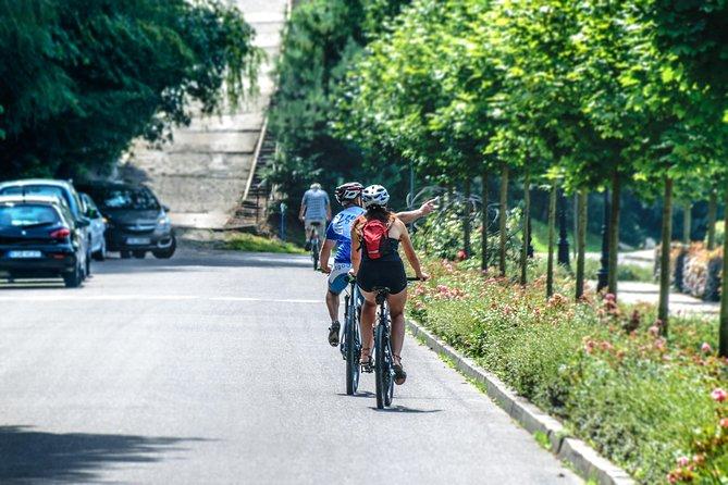 Half-day Hangzhou Feel Guided Cycling Tour