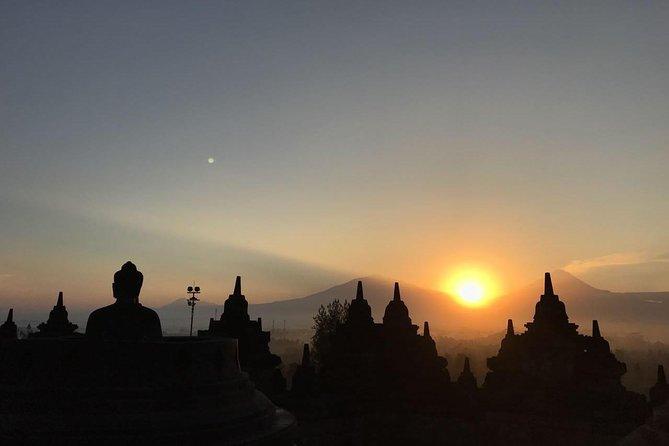 Borobudur Sunrise,Merapi Volcano and Prambanan Tour