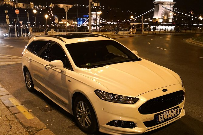 Budapest Private Transfer: Hotel or Apartment to Airport