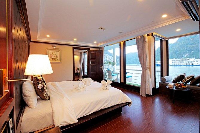 Halong - LanHa Bay with 3.5star La Pinta Cruise 3days/2nights