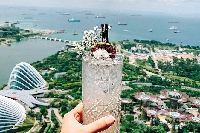 Singapore Nightlife at Rooftop Bars Around Marina Bay