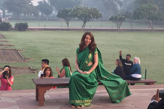 Popular Single Day Guided Taj Mahal Tour