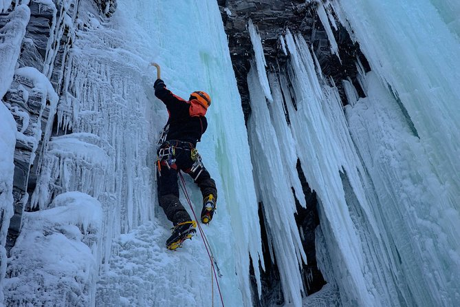Private Ice Climbing Experience with Certified Guide