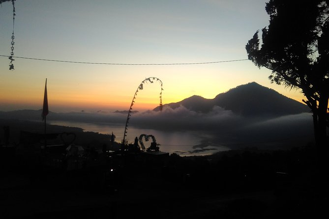 Hiking Batur sunrise views