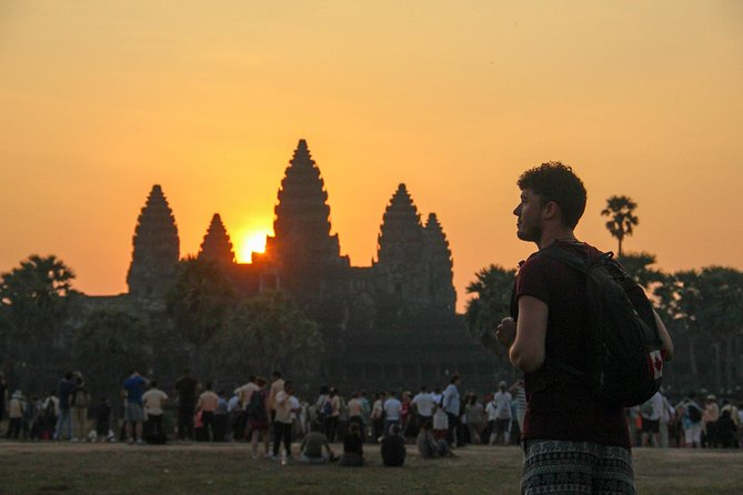 1-Day Private Sunrise Angkor Wat Tour With Professional Guide & A/C Car