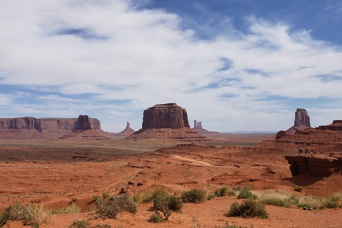 Blackwater Tours - 2.5 Hour Vehicle Tour of Monument Valley