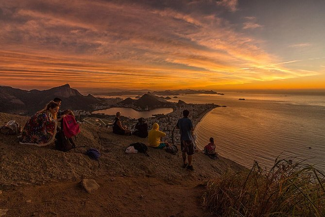 Two Brothers Hike Sunrise - A breathtaking experience at the top of the mountain