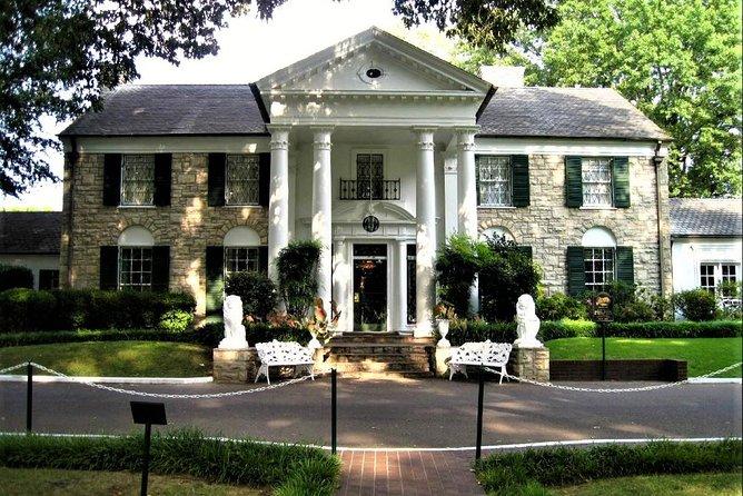 Nashville to Memphis Daytrip with Skip-The-Line Graceland VIP Tour & Sun Studio