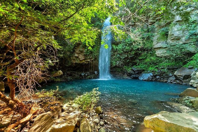 National Park Personalized Waterfall & Hot Springs Hike