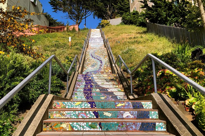 Hidden Gardens and 16th Avenue / 16 Avenue Tiled Steps Urban Hike