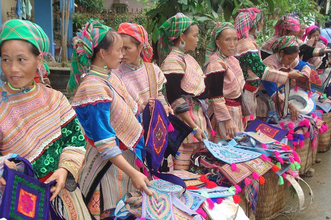 SAPA Market tour: Bac Ha Market from Sapa ( Sunday only)