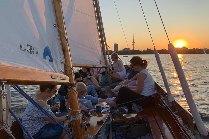 Hamburg Small-Group Sunset Sailing Cruise on Lake Alster
