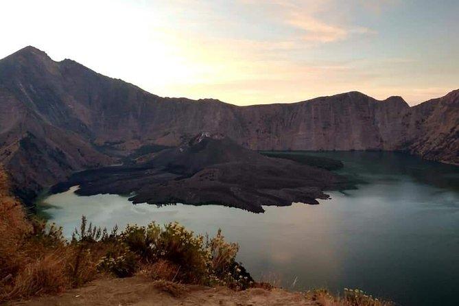 2D1N Senaru Crater Rim Trekking