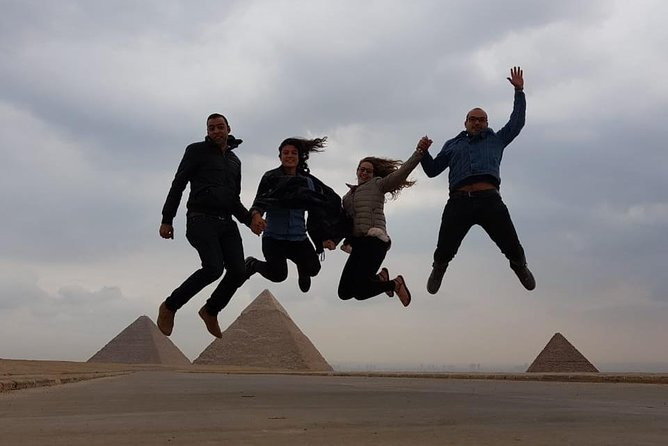 Private Tour 8 hours To Pyramids, Egyptian Museum and Khan al-Khalili