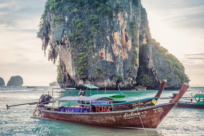 Private Transfer from Krabi to Phuket with 2h of Sightseeing