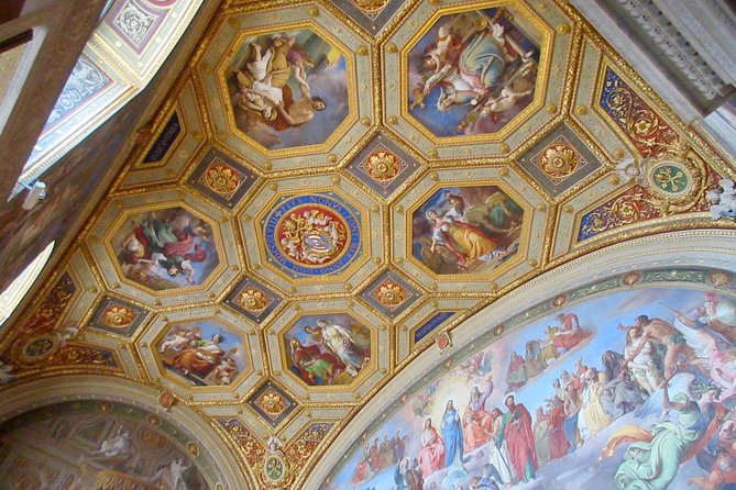 VIP Tour of The Vatican Museums and Sistine Chapel photo 2