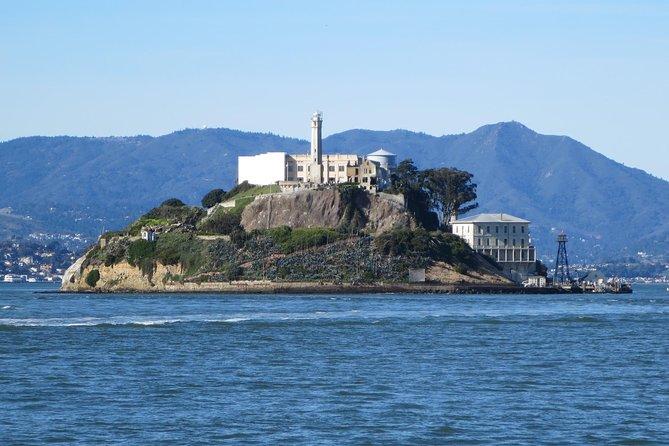 Entradas a la prisión de Alcatraz con recorrido en bicicleta por el puente Golden Gate