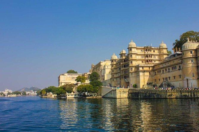 6 Days Golden Triangle Tour with Udaipur : Delhi, Agra, Jaipur Tour