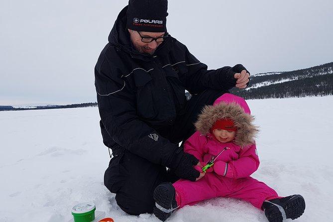 Ice-fishing at Pyhä-Luosto
