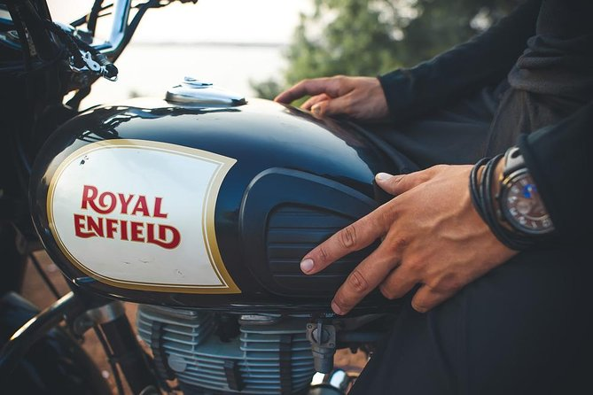 Rent a Royal Enfield in Jaisalmer photo 4