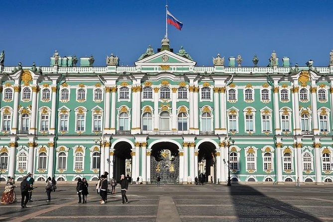 Winner-award tour with visiting Hermitage Museum