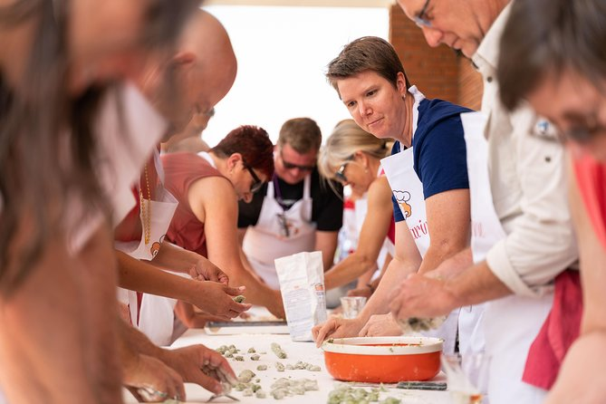 Share your Pasta Love: Small group Pasta and Tiramisu class in Perugia