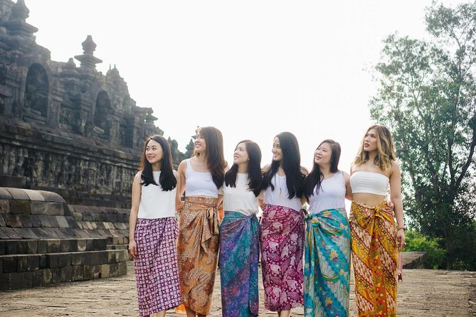 Explore Borobudur Temple with Yogyakarta Professional Photographer photo 3