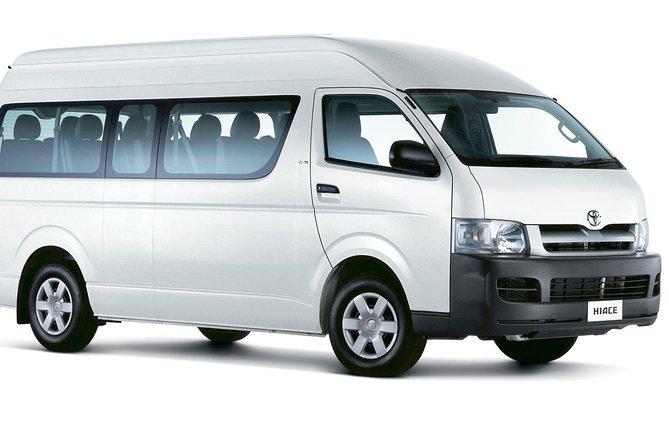 Private Minivan & Ferry to Isla Mujeres