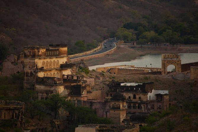 Jaipur evening tour by open Jeep