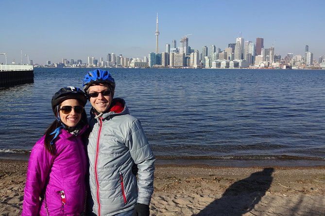 Toronto Islands Morning Bike Tour: Fall and Winter Edition