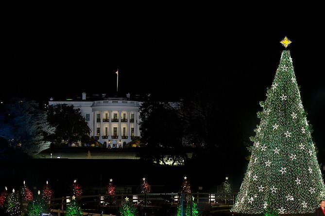 Washington DC Christmas Lights Walking Tour