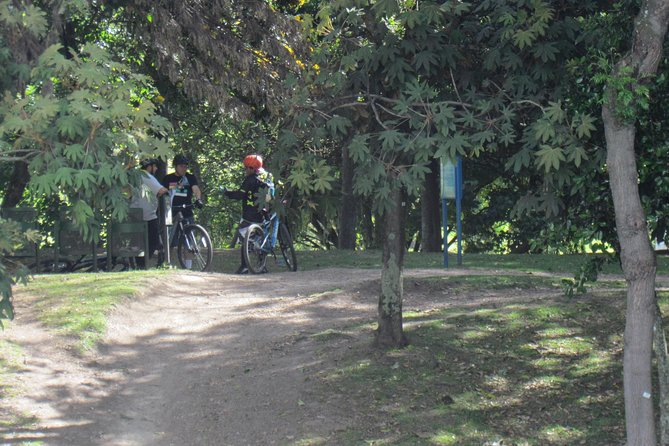 Cycling tour in Simon Bolivar Park and Virgilio Barco Library photo 13
